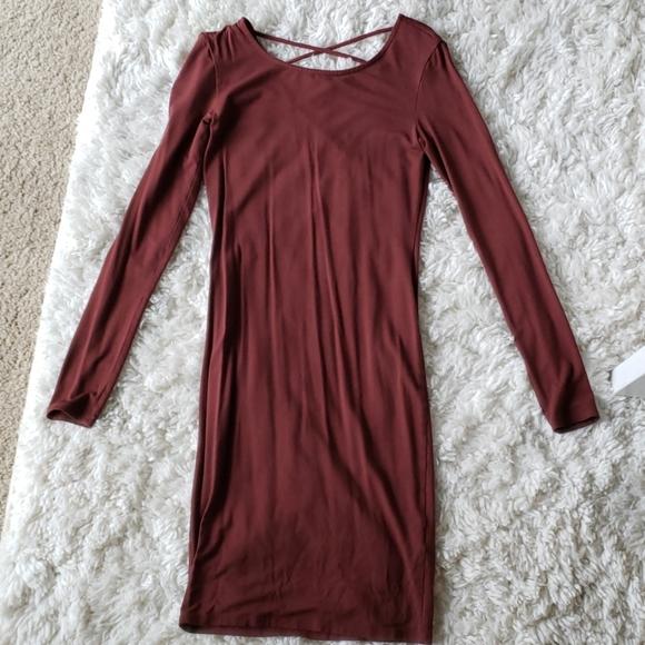 Forever 21 Dresses & Skirts - Long sleeved cross back dress